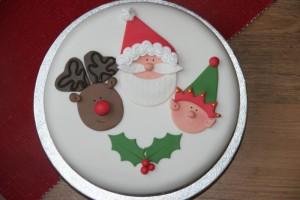 Santa ... & Day 1 u2013 Christmas Cake Decorating | Baking Recipes and Tutorials ...