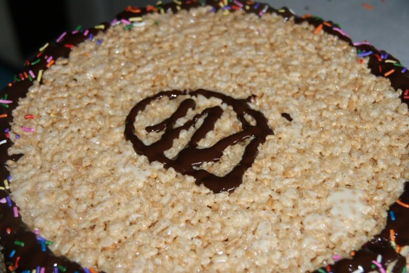 Sticky Rice Krispie Cakes