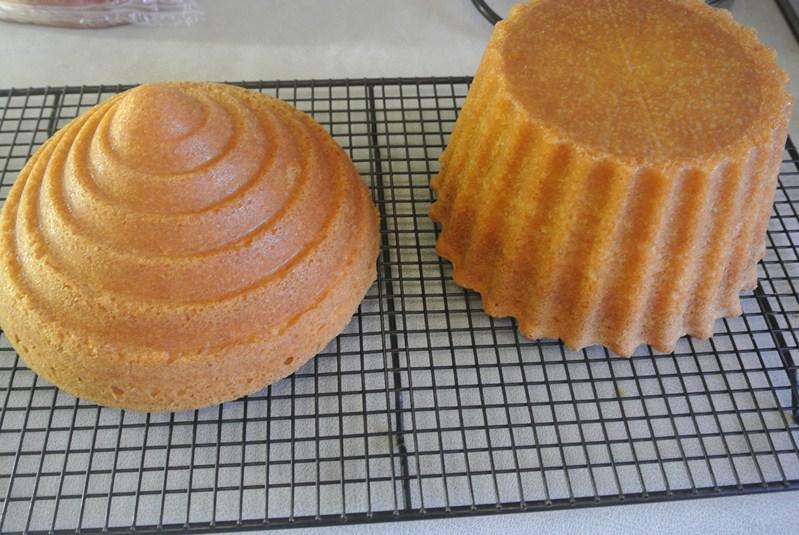 Vanilla Giant Cupcake Recipe Baking Recipes And Tutorials The