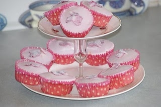 Rosie Fairycakes with Crystallised Rose Petals