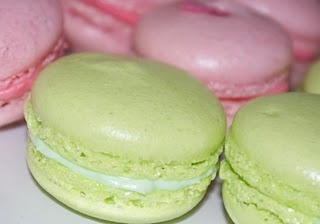 How To Make Perfect Macaroons Macarons Baking Recipes And Tutorials The Pink Whisk