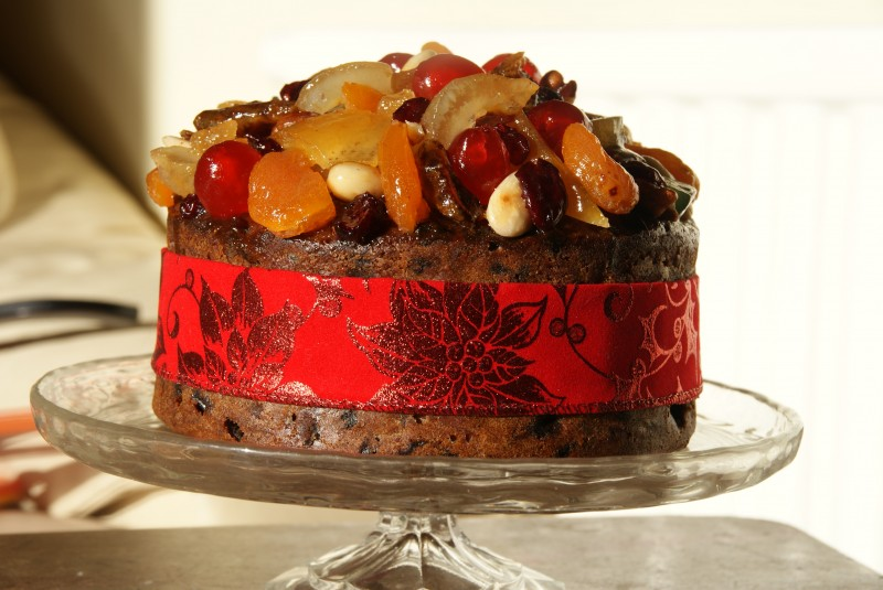 How To Decorate A Fruit Cake Without Icing ...